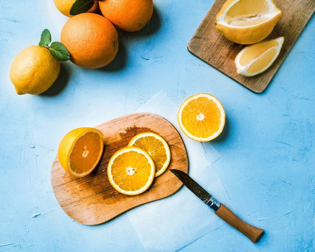 Zitrusfrüchte geschnitten
