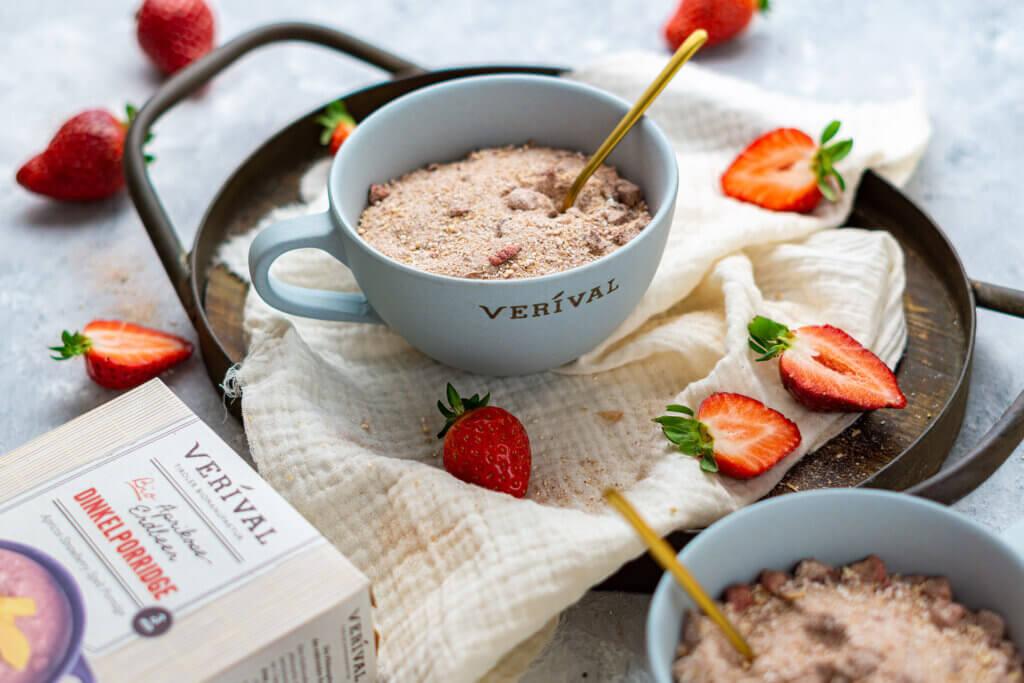 Porridge ohne Zucker ist gesund und schmeckt aber trotzdem lecker